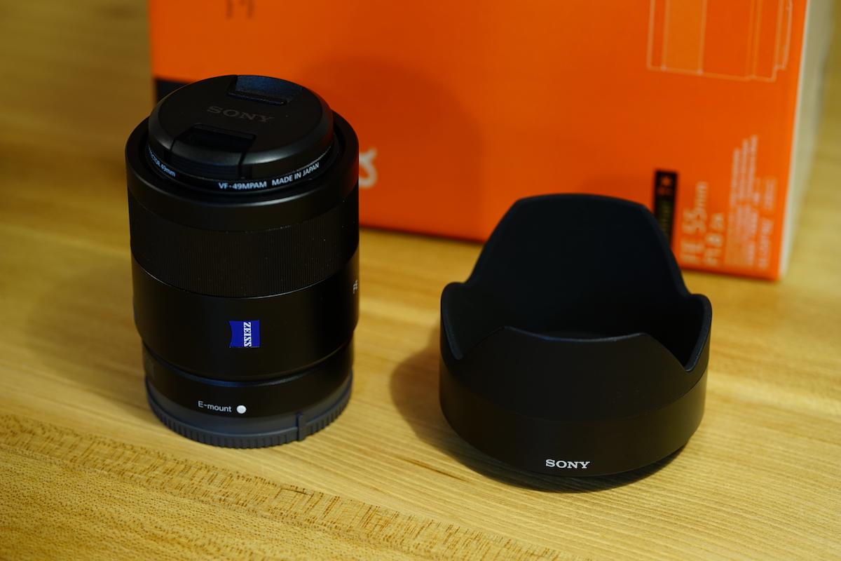 SONY Sonnar T* FE 55mm F1.8 ZA SEL55F18Z単焦点レンズの外観